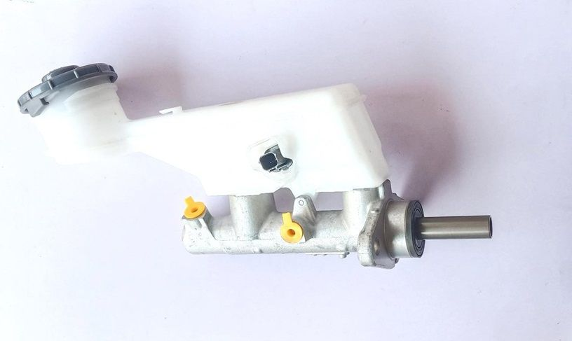 Brake Master Cylinder Assembly For Honda Accord Type 4 with Bottle