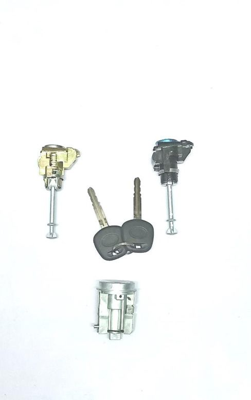 Door Lock Set For Toyota Innova Manual