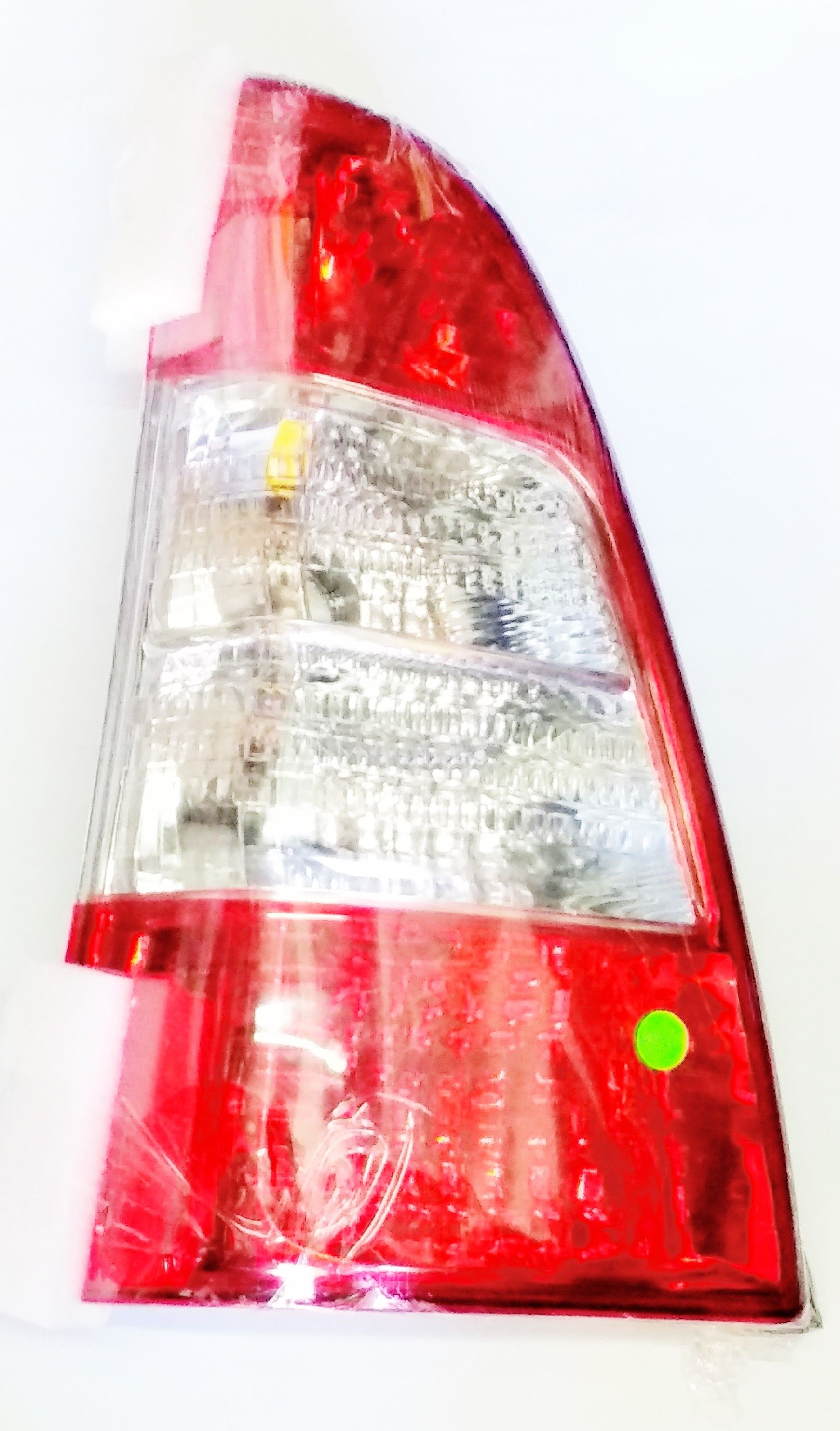 LATTEST TAILLIGHT ASSY FOR TOYOTA INNOVA III (RIGHT)
