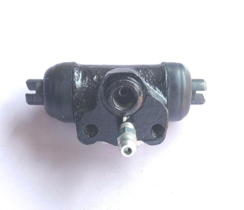 Wheel Cylinder Assembly Mitsubishi Lancer Right