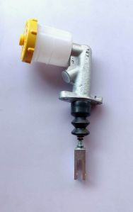 Clutch Master Cylinder For Tata 207 12MM Thred