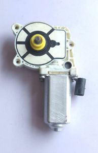 Power Window Lifter Motor For Tata Indigo Cs Front Left