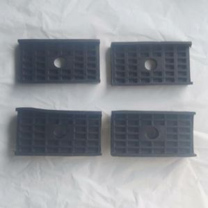 Spring Pads Upper / Lower For Maruti Eeco (Set Of 4Pcs)