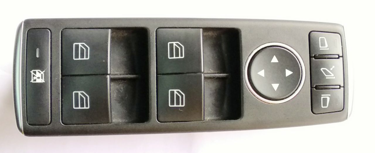 POWER WINDOW SWITCH FOR MERCEDES ML MODEL (FRONT RIGHT) - REFURNISHED